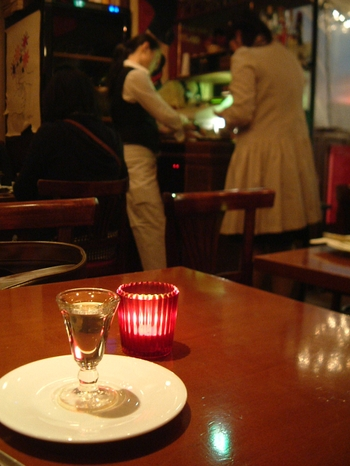 CAFEの雰囲気-キャンドルとラム酒